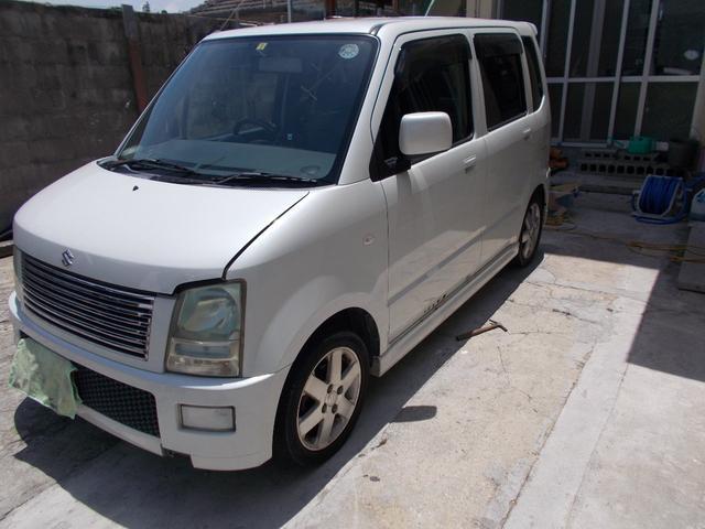 沖縄県の中古車ならワゴンR FT-Sリミテッド  人気のパールホワイト