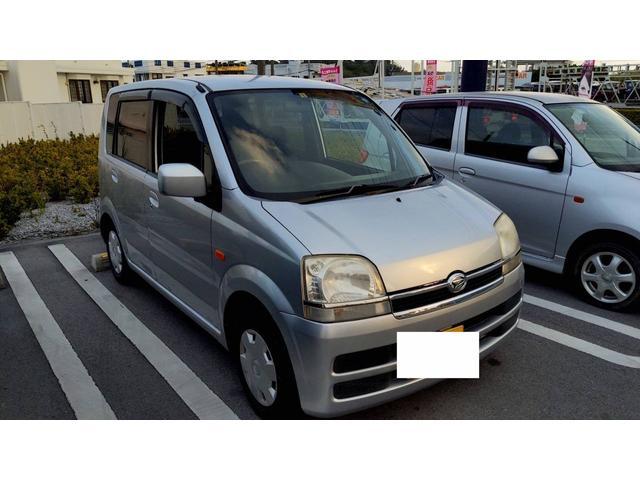 沖縄の中古車 ダイハツ ムーヴ 車両価格 5万円 リ済別 2005(平成17)年 9.0万km シルバー