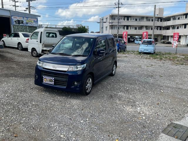 沖縄の中古車 スズキ ワゴンRスティングレー 車両価格 30万円 リ済込 2009(平成21)年 5.7万km ブルーM