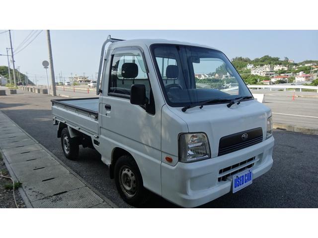 沖縄の中古車 スバル サンバートラック 車両価格 27万円 リ済別・追 2003(平成15)年 13.0万km ホワイト
