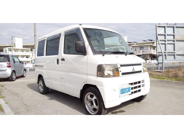 沖縄の中古車 三菱 ミニキャブバン 車両価格 33万円 リ済別・追 2004(平成16)年 10.1万km ホワイト