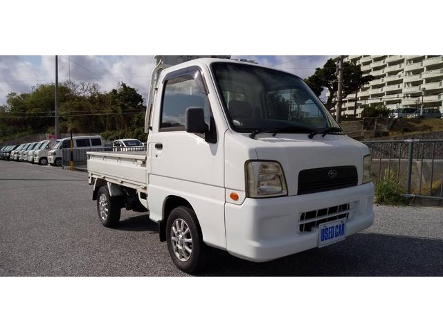 沖縄の中古車 スバル サンバートラック 車両価格 26万円 リ済別・追 2004(平成16)年 12.4万km ホワイト