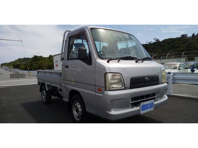 沖縄の中古車 スバル サンバートラック 車両価格 24万円 リ済別・追 2005(平成17)年 15.3万km ガンM