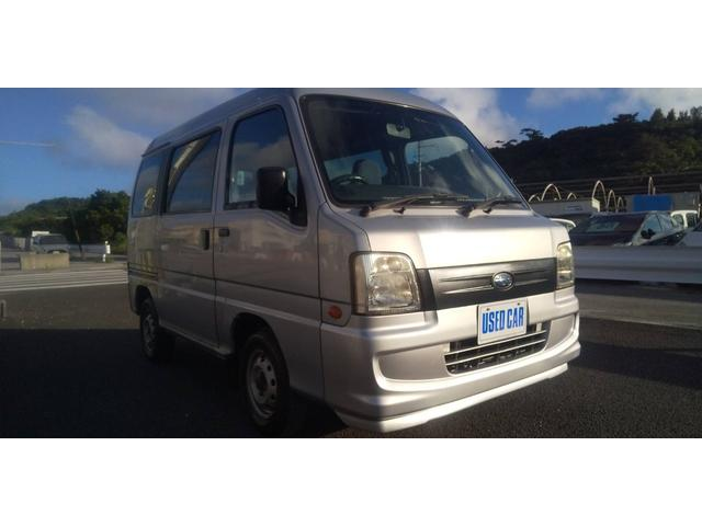 沖縄の中古車 スバル サンバーバン 車両価格 26万円 リ済別・追 2007(平成19)年 10.8万km シルバー