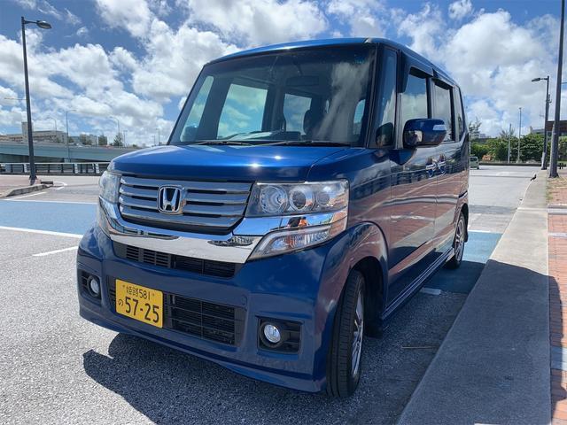 沖縄の中古車 ホンダ N-BOXカスタム 車両価格 68.8万円 リ済込 2013(平成25)年 7.2万km ブルー