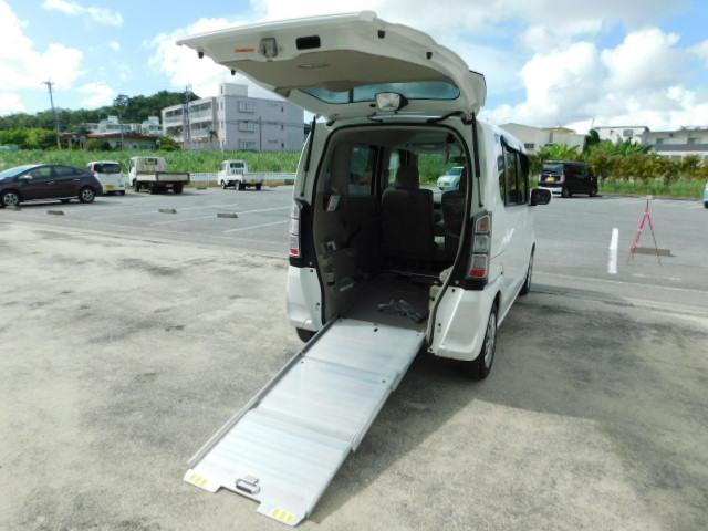 沖縄県の中古車ならN-BOX+ G 福祉車両