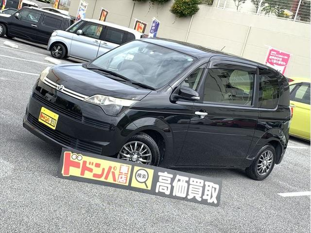 沖縄の中古車 トヨタ スペイド 車両価格 50万円 リ済込 2012(平成24)年 7.0万km ブラック
