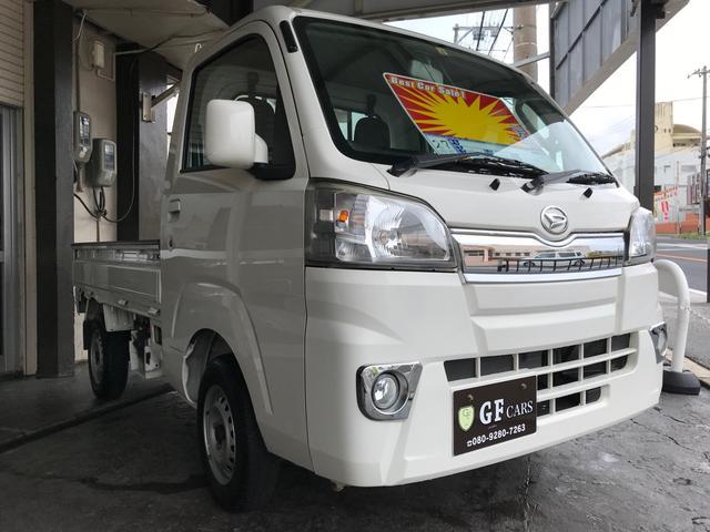 沖縄の中古車 ダイハツ ハイゼットトラック 車両価格 65万円 リ済込 2015(平成27)年 6.9万km ホワイト