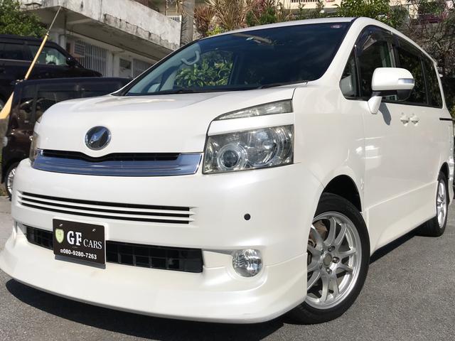 沖縄県の中古車ならヴォクシー ZS 2年保証付き・フルセグ・DVD・HDDナビ・バックカメラ・後席モニター・両側電動スライドドア・8人乗り・17インチアルミ・Fセンサー・本土車