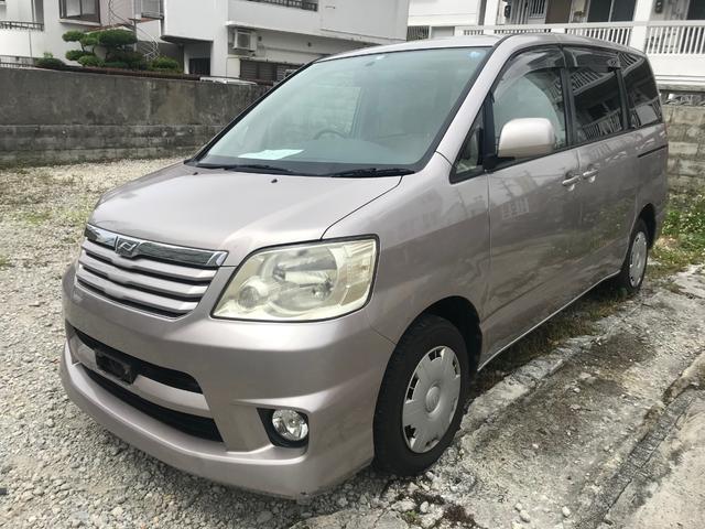 沖縄県うるま市の中古車ならノア X