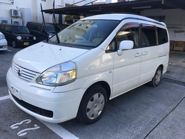 沖縄の中古車 日産 セレナ 車両価格 17万円 リ済込 2005(平成17)年 14.3万km ホワイト