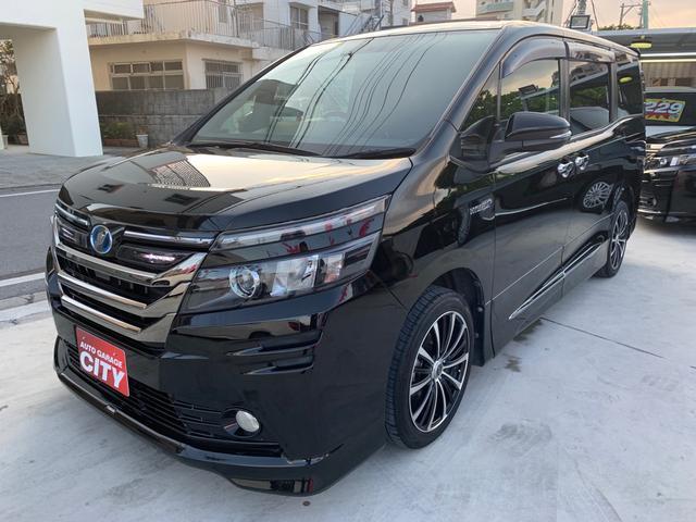 沖縄の中古車 トヨタ ヴォクシー 車両価格 245万円 リ済込 2015(平成27)年 4.7万km ブラック