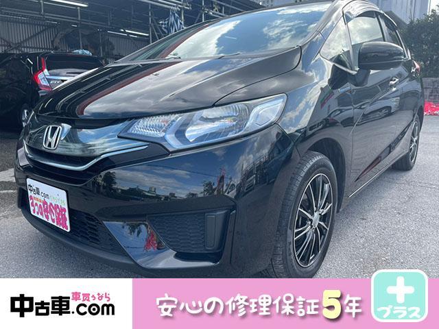 沖縄の中古車 ホンダ フィットハイブリッド 車両価格 72万円 リ済込 2014(平成26)年 8.4万km ブラック