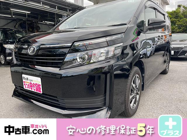 沖縄の中古車 トヨタ ヴォクシー 車両価格 135万円 リ済込 2015(平成27)年 8.2万km ブラック