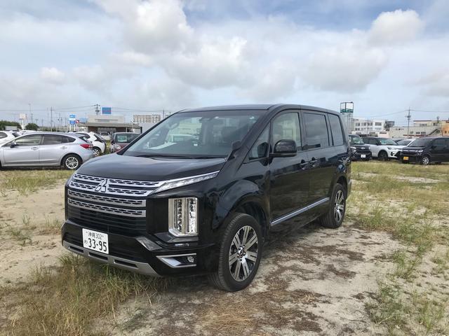 沖縄の中古車 三菱 デリカD:5 車両価格 359万円 リ済込 2020(令和2)年 1.1万km ブラックマイカ