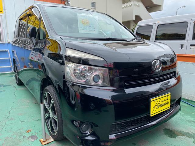 沖縄の中古車 トヨタ ヴォクシー 車両価格 60万円 リ済込 2009(平成21)年 9.1万km ブラックM