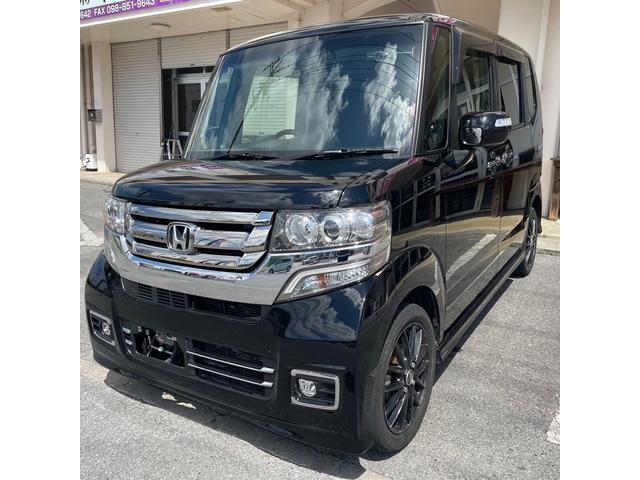 沖縄の中古車 ホンダ N-BOXカスタム 車両価格 114万円 リ済込 2017(平成29)年 7.4万km ブラックM