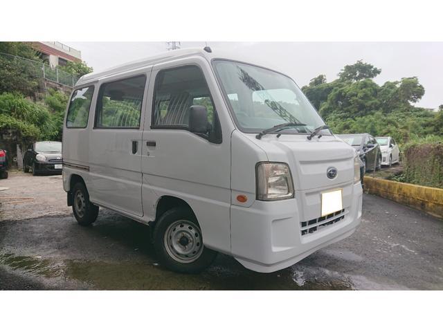 沖縄の中古車 スバル サンバーバン 車両価格 30万円 リ済込 2010(平成22)年 10.7万km ホワイト