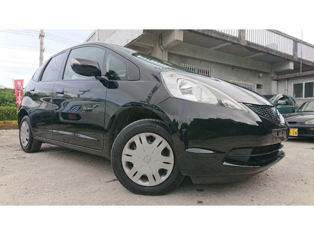 沖縄の中古車 ホンダ フィット 車両価格 34万円 リ済込 2010(平成22)年 7.6万km ブラックM