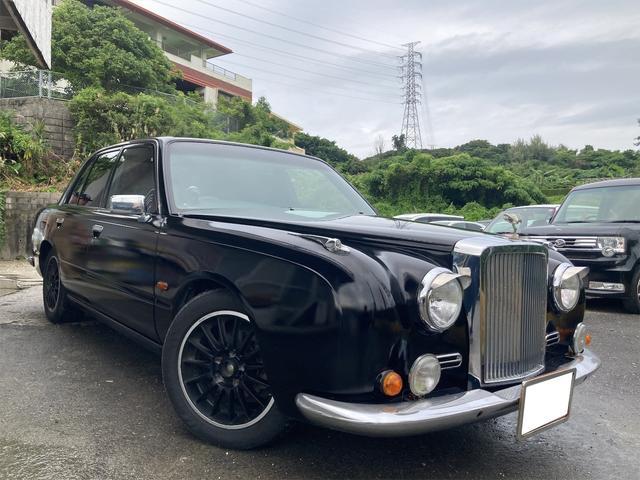 沖縄県の中古車ならガリュー スタンダード 内地仕入車両 全塗装ブラック