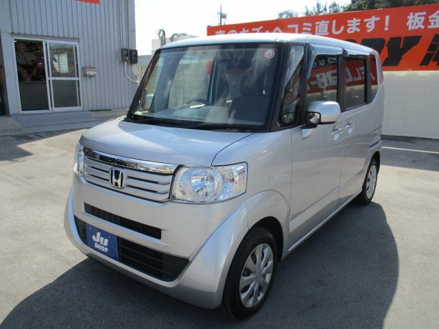 沖縄の中古車 ホンダ N-BOX 車両価格 65万円 リ済込 2013(平成25)年 8.3万km シルバー