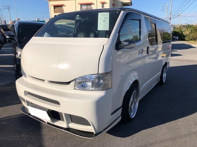 沖縄の中古車 トヨタ ハイエースバン 車両価格 200万円 リ済込 2010(平成22)年 11.9万km ホワイトII