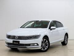 VW パサートTSIハイライン プリクラッシュブレーキ 本革シート