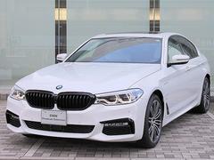 BMW530e Mスポーツアイパフォーマンス イノベーションPKG