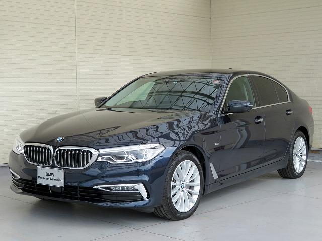 BMW 523iラグジュアリー LEDヘッドライト 18AW オートトランク コンフォートアクセス ブラックレザー マルチディスプレイメーアー 純正ナビ iDriveナビ トップ リアビューカメラ 純正ETC Aクルコン 認定中古車