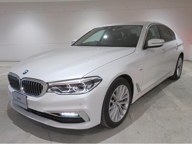 BMW 5シリーズ 530iラグジュアリー LEDヘッドライト 18AW オートトランク コンフォートアクセス ブラックレザー マルチメーター 純正ナビ トップ リアビューカメラ HUD 純正ETC Aクルコン レーンチェンジ 認定中古車