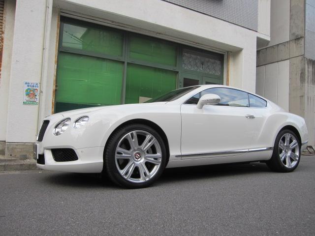 GT V8