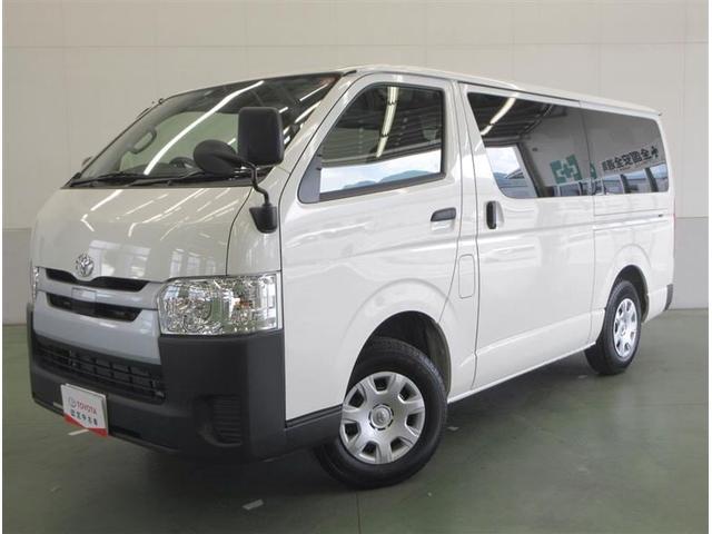 トヨタ DX 4WD 当社サービスカー使用 セーフティセンス付 3人