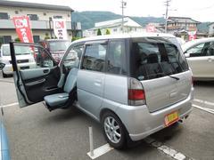 プレオLプラスパッケージII 4WD 5MT 電動助手席回転シート