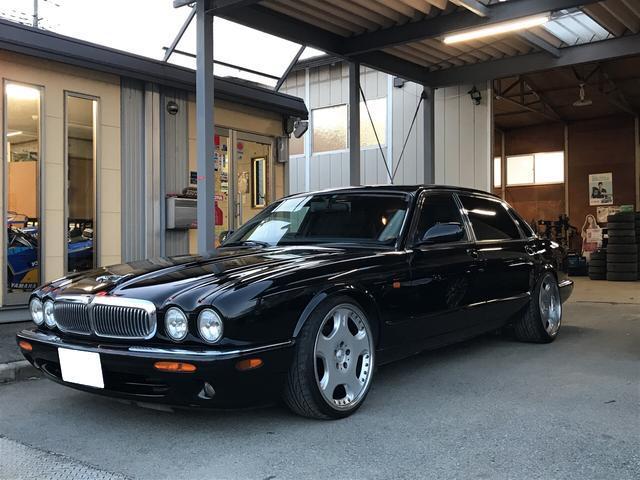 ジャガー ロング4.0-V8 OZ19AW ローダウン キセノン