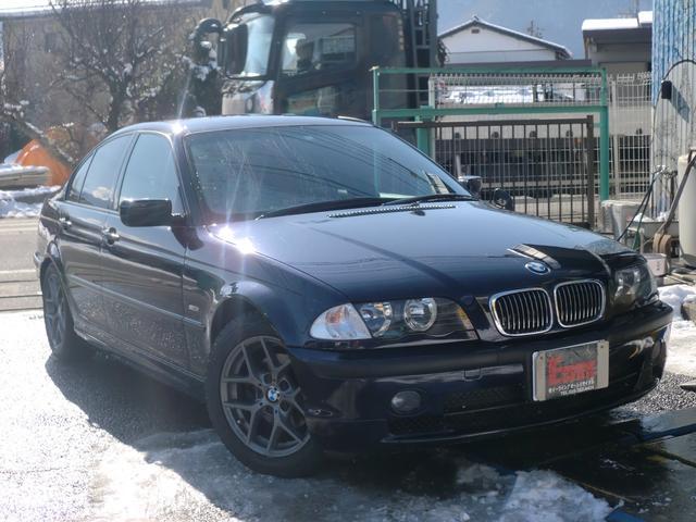 BMW 3シリーズ 318i Mスポーツ (検31.12)
