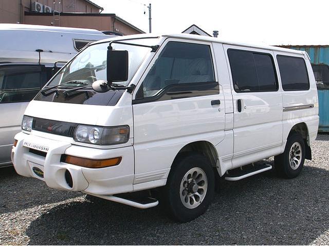 三菱 4ナンバー バン