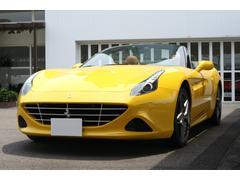 フェラーリ カリフォルニアTベースグレード OPツートンカラ− 正規ディ−ラ−車