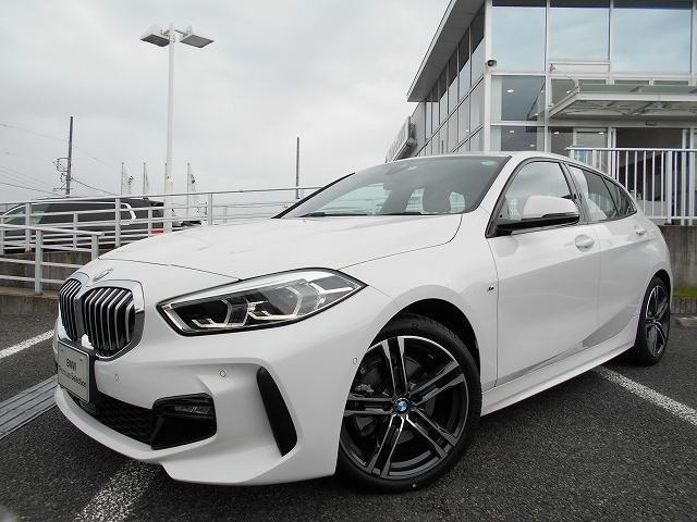 BMW 118d Mスポーツ 18AWコンフォートPKG純正HDDナビPKG運転席電動シートオートトランクACCデモカー認定中古車