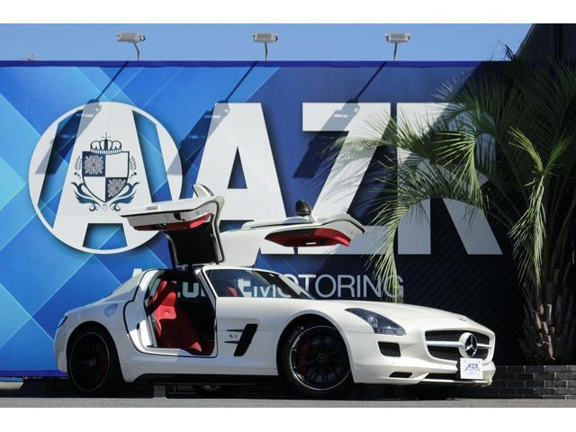 メルセデス・ベンツ ベースグレード 正規ディーラー車 AMGパフォーマンスPKG アルカンターラコンビステアリング アルカンターラルーフライニング デジーノミスティックホワイト キャリパーレッド 純正マットブラックAW