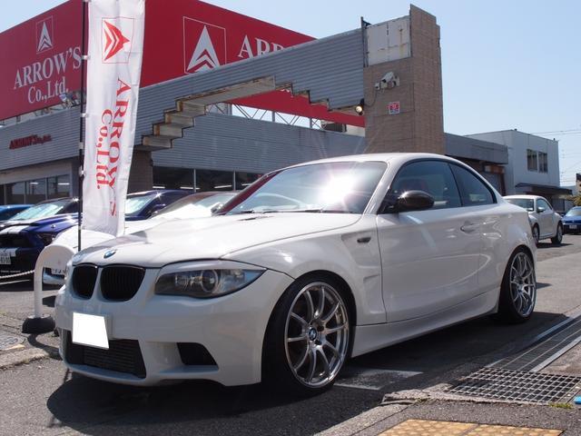 BMW 135i キセノンライト 赤革シート パワーシート シートヒーター 純正ナビ Bカメラ ETCADVAN19incAW スーパースプリントマフラー 車高調