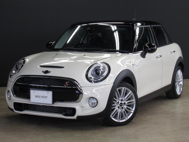 MINI クーパーSD 5ドア 正規認定中古車