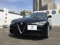 アルファロメオ ジュリアスーパー 元試乗車 レザーシート 新車保証継承