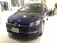VW ゴルフハイライン認定中古車 ナビ付き 元デモカー 前車追従機能