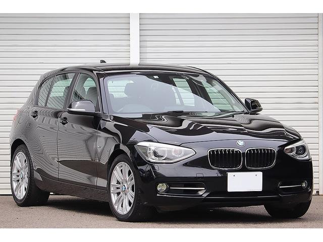 BMW 1シリーズ 120i スポーツ オーダーインテリア 専用レザーシート Mスポーツ17インチAW Mスポーツフロアマット カロッツェリアナビ 地デジ Buletooth スマートエントリー シートヒーター スポーツプラスモード