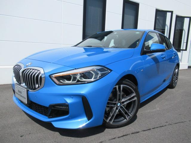 BMW 118i Mスポーツ ナビパッケージ コンフォートパッケージ 運転席電動シート アクティブクルーズコントロール ワイヤレスチャージ バックカメラ デモカー 2年保証