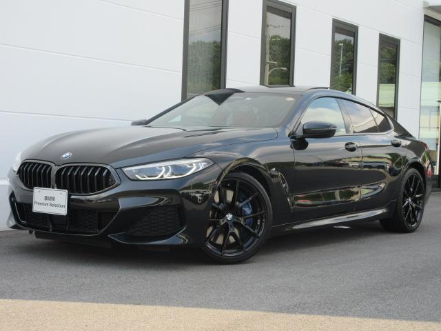 BMW 840i グランクーペ Mスポーツ MテクニックスポーツPKG Mスポーツブレーキ 赤黒コンビメリノレザー ベンチレーションシート ガラスサンルーフ ヘッドアップディスプレイ 20インチブラックAW ワンオーナー 2年保証