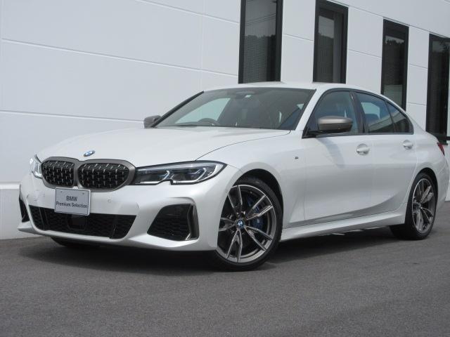 BMW M340i xDrive レーザーヘッドライト ヘッドアップディスプレイ アクティブクルーズコントロール ブラックレザーシート シートヒーター ワイヤレスチャージ 電動トランク 禁煙車 2年保証