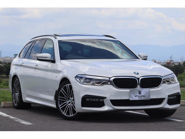 BMW 5シリーズ 530iツーリング Mスポーツ 1オーナー ダコタレザー パノラマサンルーフ 純正HDDナビ 360°カメラ アダプティブLEDヘッド インテリジェントセーフティ 電動テールゲート 19AW アンビエントライト ACC