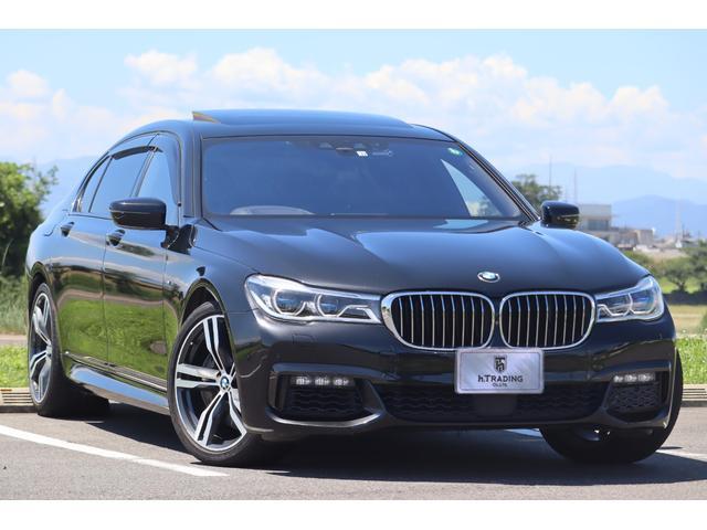 BMW 750Li Mスポーツ ロングホイールベース スカイラウンジパノラマSR マッサージ機能付き黒革エアシート 純正HDDナビ 360°カメラ ハーマンカードン インテリジェントセーフティ レーザーライト 20AW 電動トランク