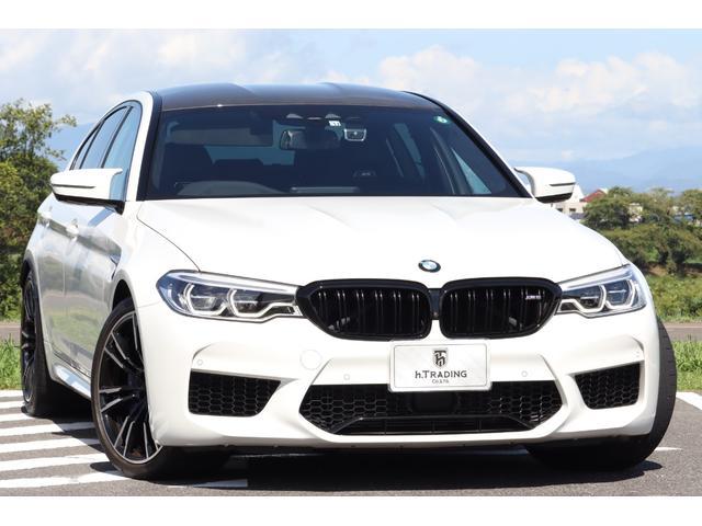 BMW M5 M5 新車保証付 コンフォートPKG 8AT パドルシフト コンフォートアクセス カーボンルーフ 20AW harman/kardon ソフトクローズドドア ドライビングアシストプラスPKG HUD ACC